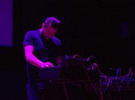 SSLEEPERHOLD @ UTD Plug and Play, 4/6/17 - photo by Demir Candas