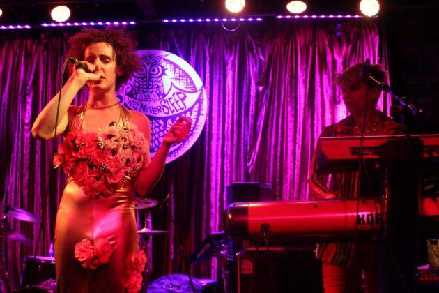 Starfruit @ Three Links on 2/17/18 photos by Benjamin Lunday